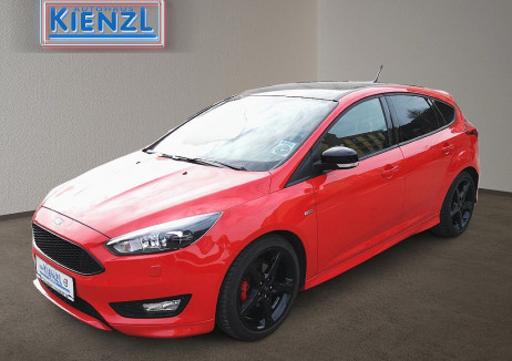 Ford Focus 1,0 EcoBoost 125PS  ST-Line Red Edition bei BM || Autohaus Kienzl GmbH in