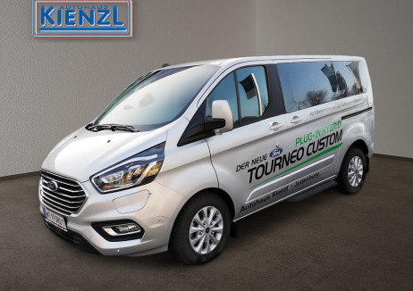 Ford Tourneo Custom 1,0 EcoBoost PHEV 320 L1 Titanium Aut. *Vorführwagen* bei BM || Autohaus Kienzl GmbH in